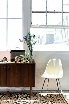white eames chair #interior design #decoration #decor #deco