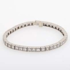 Riviere bracelet with 44 diamonds