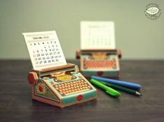 Poppytalk: 10 Calendars to Kick Off 2014! #print #calendar #typewriter