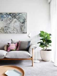 Carlton Apartment by Hecker Guthrie. Photo by Eve Wilson. #heckerguthrie #evewilson #livingroom