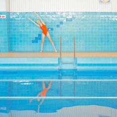 swimming trinity photography by maria Svarbova design inspiration mindsparkle mag blog