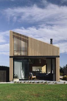 River Retreat , Edwards White Architects