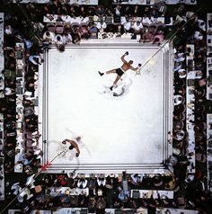 Neil Leifer Ali – Williams (Overhead), 1966