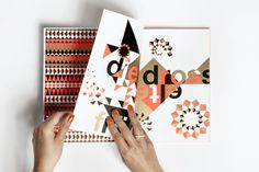 Marktplatz fxc3xbcr junges deutsches Produkt-design. #typography #type #book #editorial
