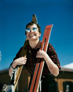 robert capa ski photographs exhibition.sw.8.robert capa show icp ss04 #woman #reflection #skiing #sunglasses #switzerland #photography #vintage #film #aviators #skis