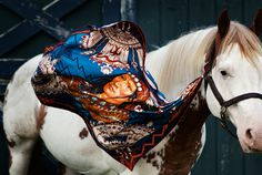 Isager Horse4 #wind #horse #white #turquoise #scarf #indian #silk #blue