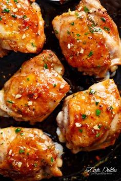 Honey Garlic Chicken Sticky and Easy Honey Garlic Chicken is your new family favourite chicken dinner! | cafedelites.com