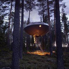 Jay Mug — UFO Hotel Room #design #architecture
