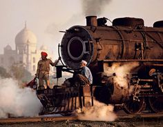 Trains Steve McCurry14 #india #photography #railway