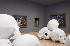 100 Fiberglass and Resin Skulls Fill a Room at the National Gallery of Victoria in Melbourne