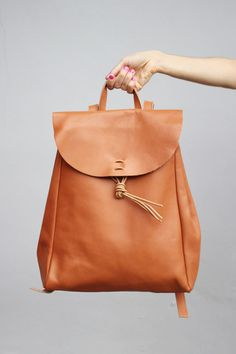 Vintage Style Hand Made Leather Backpack THE WHITEPEPPER