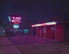 Neon und Pastellfarben – Expired L.A. #motel #night #neon #los angeles