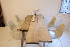 Esther Perbandt - Freunde von Freunden — Esther Perbandt #interiors #table #eames
