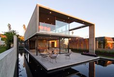 Enhancing the Feeling of Space: The Cresta Residence Designed by Jonathan Segal FAIA #architecture
