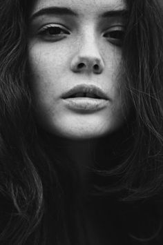 Rebecca-Naen4.png 670×1008 pixels #photography #black and white #rebecca naen