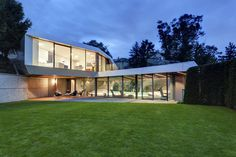Chill-out Spot Inspiring Openness and Absolute Relaxation: Home Spa #spa #architecture #home