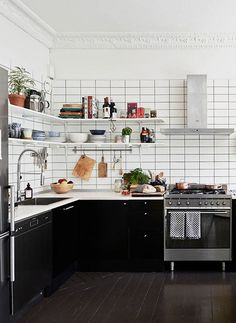 swedish space / sfgirlbybay #interior #design #decor #kitchen #deco #decoration