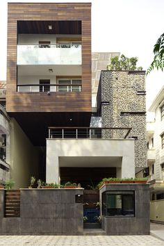 The Kindred Residence by Anagram Architects