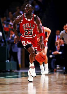 Poll // Could MJ Have Beaten LeBron In His Prime? | Sole Collector #jordan #mj #basketball