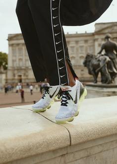 PAUSE Editorial: Nike React 55 & VaporMax Flyknit 3 ⚡🇬🇧 – PAUSE Online | Men's Fashion, Street Style, Fashion News & Streetwear