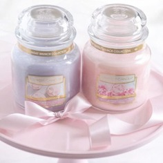 - pastel scented candle