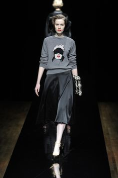 Fall 2013 Ready to Wear #fashion #sweater #bizarre #grey