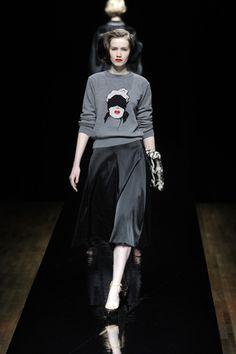 Fall 2013 Ready to Wear #fashion #sweater #bizarre #grey