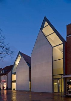 Volksbank Gifhorn by Stephan Braunfels Architekten (DE) @ Dailytonic #architecture