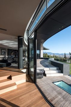 Edge House in Athens / Studio Omerta