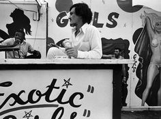 Carnival Strippers by Susan Meiselas #inspiration #white #black #photography #and
