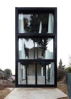 Casa Arco in Chile by Pezo von Ellrichshausen