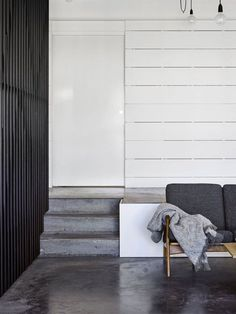 Living room. Wooloowin House by Owen Architecture. Photo by Toby Scott. #owenarchitecture #livingroom