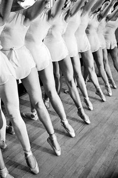 Ballet #women #photography #ballet #legs