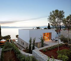 House on Krk Island / DVA Arhitekta #plain