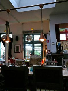 DERRIERE RESTAURANT || NationalTraveller.com #cafe #atmosphere