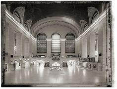 Creative Review - New York Sleeps #white #black #quiet #photography #york #new