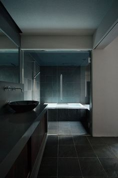 CJWHO ™ (FORM / KOUICHI KIMURA ARCHITECTS) #design #interiors #bathroom #photography #architecture #luxury