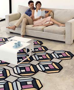 Visual Effects and Geometric Puzzle in the Latest GAN Kilim Collection - InteriorZine #floor #rugs #carpets