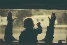 DSC02758 #photo #trip #hands #window #baby