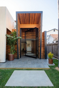 This Cool Contemporary House in Venice Beach Will Have You Dreaming of Building Your Own
