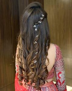 Pulled-Back Medium Curls