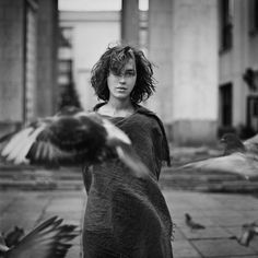 Monochrome Monday with Alex Mazurov | Art Sponge #white #woman #alex #black #monochrome #mazurov #photography #portrait #and