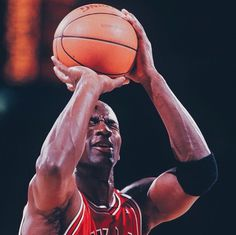 🐐 #michael jordan #free throw #mj #23 #nba #retro #goat #chicago #bulls #nike