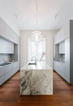 Located in a nice residential area in Milan, the apartment is part of an elegant and well designed 30s complex. @nomadearchi interior Design #kitchen