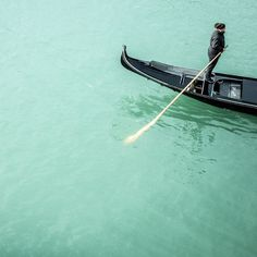 Türkis #venice #turquoise #water #gondola