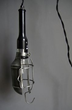 cleveland-industrial-work-lamp-5663-p.jpg 400×612 pixels #industrial #light