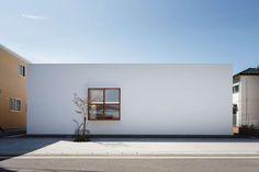 Idokoro by mA-style architects. Photo © Kai Nakamura. #architecture #minimalist #mastylearchitects #house
