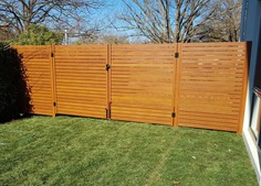 Timber look alike aluminium gates