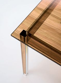 sublimazione wood textured glass tables by ron gilad for glas italia #glass #grain #tablewood