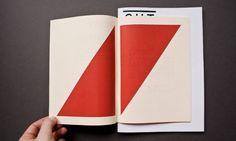Klischee und Qualität. Wendecomic und Doku — Paul Schneider, Grafikdesign #brochure